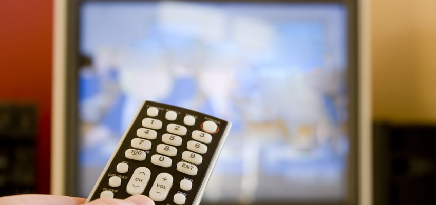 More Americans cutting the pay TV cord