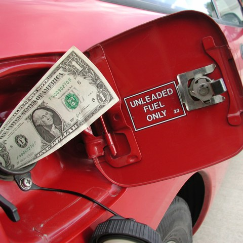 Ford to pay customers over inflated fuel economy stats