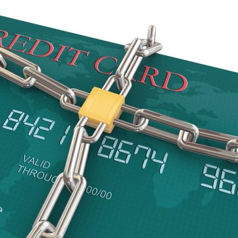 credit lock vs. credit freeze