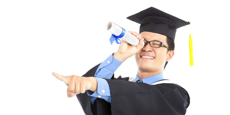 5 ways to save money on your college degree