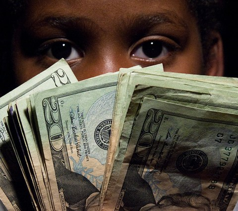 5 money skills all parents should teach their teenager