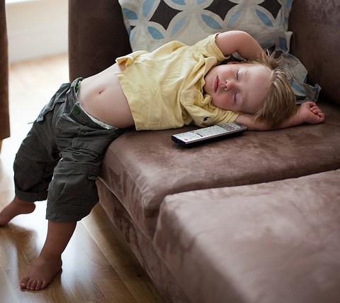School's Facebook post about kids' ideal bedtimes draws cheers, jeers