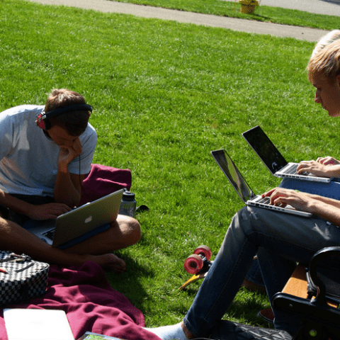 7 ways college students can avoid identity theft