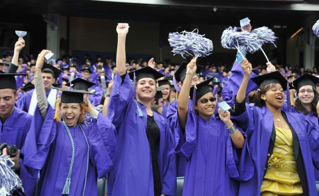 Private student loans pose risk of automatic default