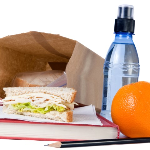 Save some money with these easy brown bag lunch tips