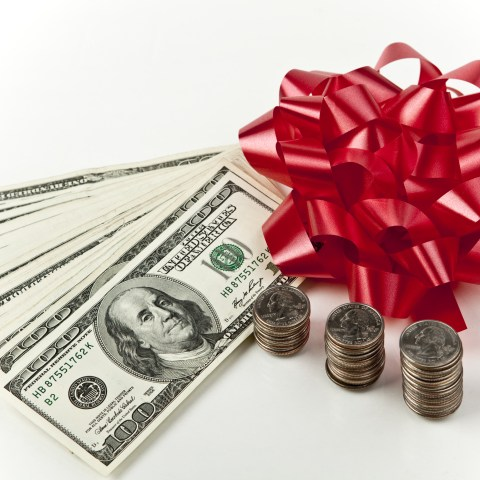5 ways to make money instead of spending it this holiday season