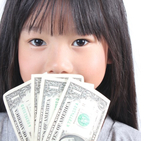Kids and allowance: Should you do it or not?