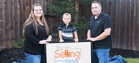 This couple replaced both of their incomes by selling on Amazon