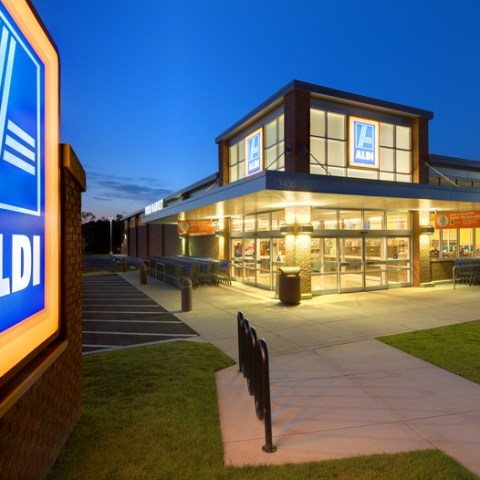 Aldi now accepts credit cards