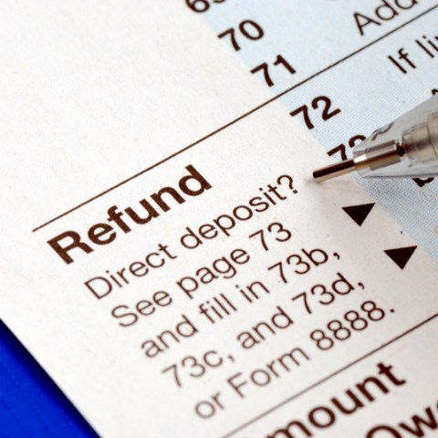 4 smart ways to reinvest your tax refund in your home