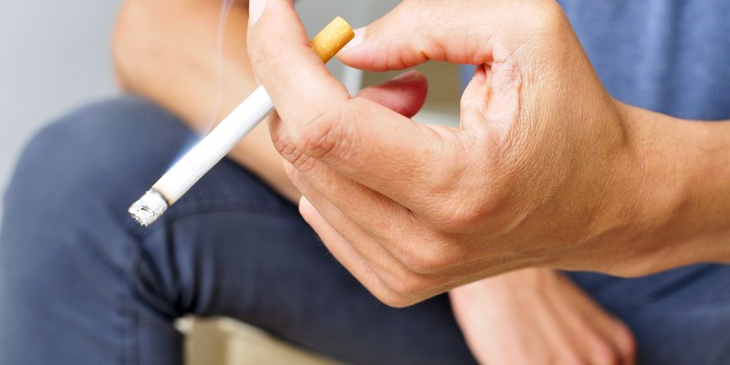 California passes bill to raise the legal smoking age to 21