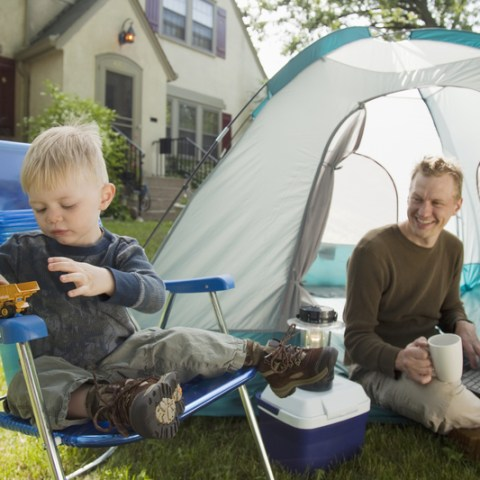 6 ways to maximize a staycation