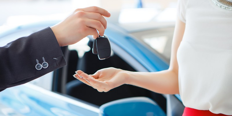 2 unusual ways to steal a deal on a car right now