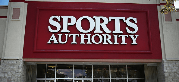 Shoppers reveal what's really happening at Sports Authority's closing sale