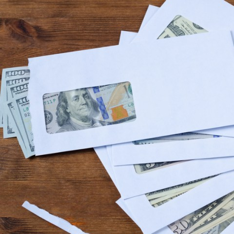 Your budget isn't working? | Managing your money the old-fashioned way may be your best solution