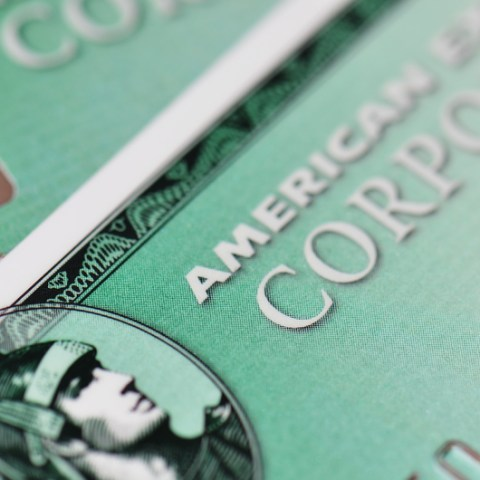 American Express makes last ditch effort to retain Costco customers