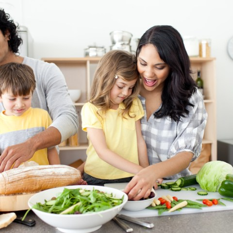 Why cooking at home is valuable for your family & your wallet