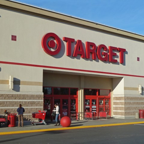 Target issuing refunds for fake Egyptian cotton sheets
