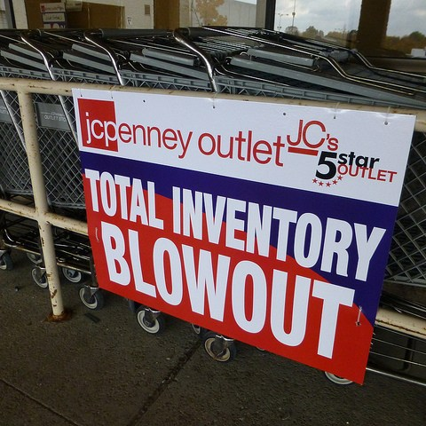 7 outlet shopping tips to help you get the best deals