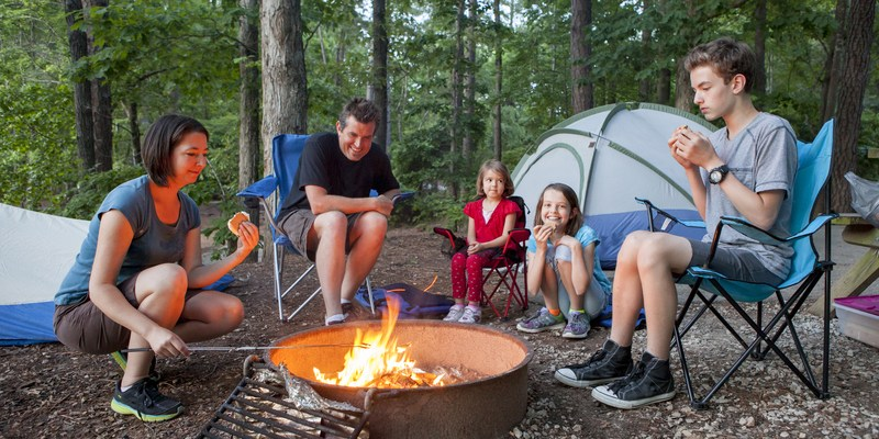 18 free and cheap options for family fun & outings