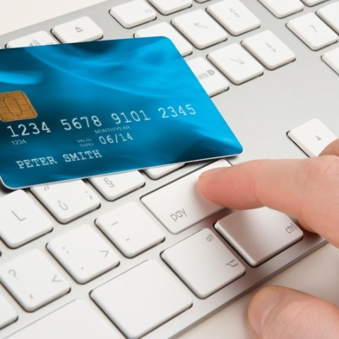 7 times you should never use your credit card