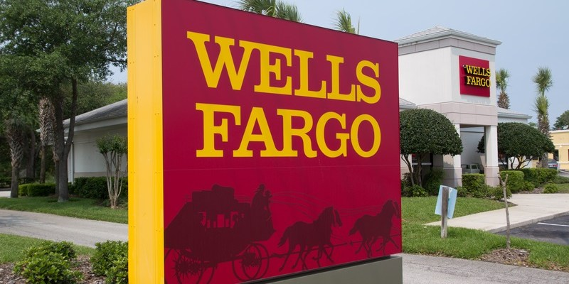 Wells Fargo fined $185 million for improper account openings