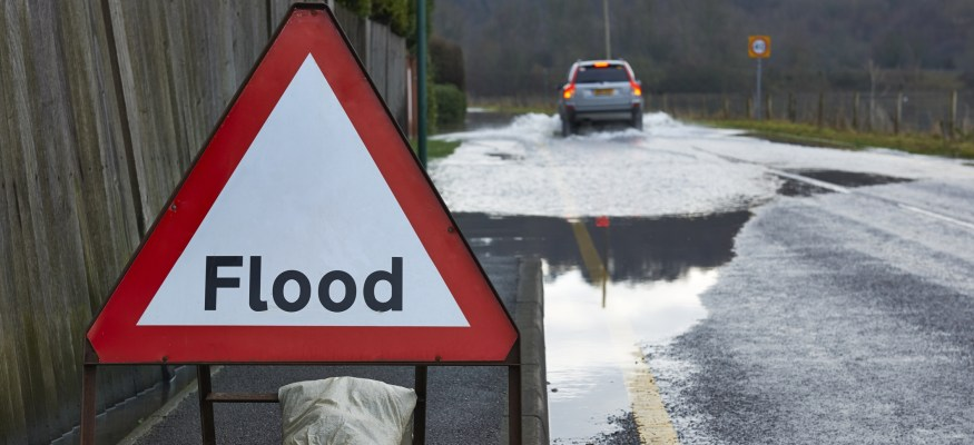 Feds shore up flood insurance program by working with private reinsurers