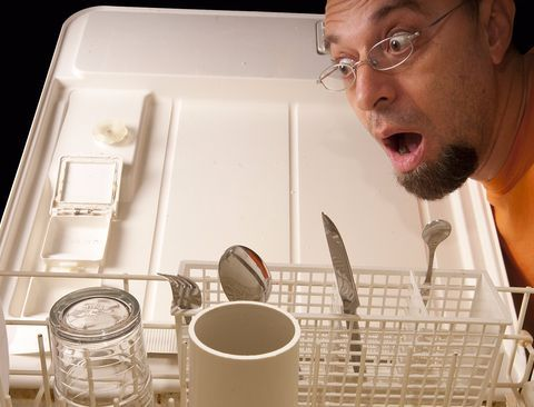 8 totally random things people put in the dishwasher