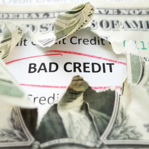 How to dispute an error on your credit report and win