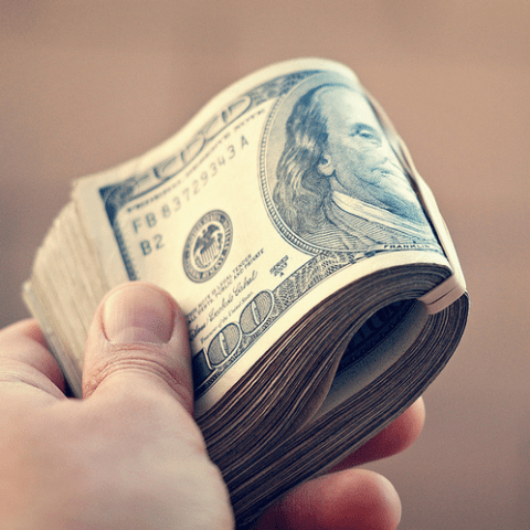 5 ways to make extra money this holiday season