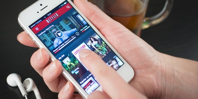 Finally! Netflix now lets you download shows and movies to watch offline