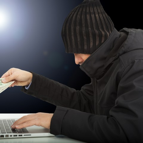 Online shopping: How to protect your money and identity from criminals