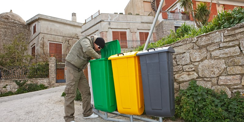 Think you can't make a living from garbage picking? This Montreal man does!