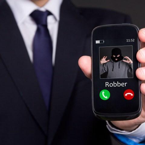 This free app blocks those annoying scam phone calls