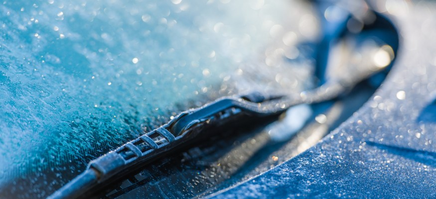 Use this simple trick to defrost your windshield in seconds