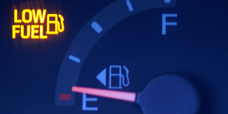 Why you shouldn't drive around with your low fuel light on