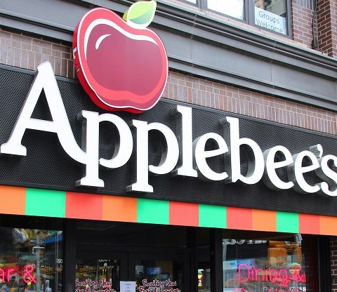 These 5 restaurant chains face a difficult 2017