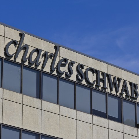 Charles Schwab cutting fees again