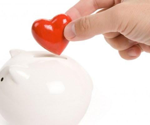 14 ways to save on Valentine's Day