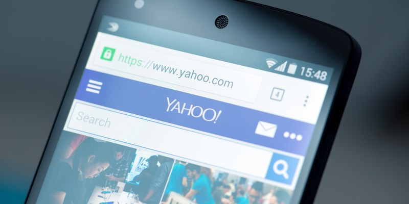 Yahoo warns users that their email accounts may have been hacked, again