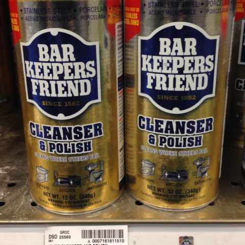 Bar Keeper's Friend cleans kitchens and bathrooms