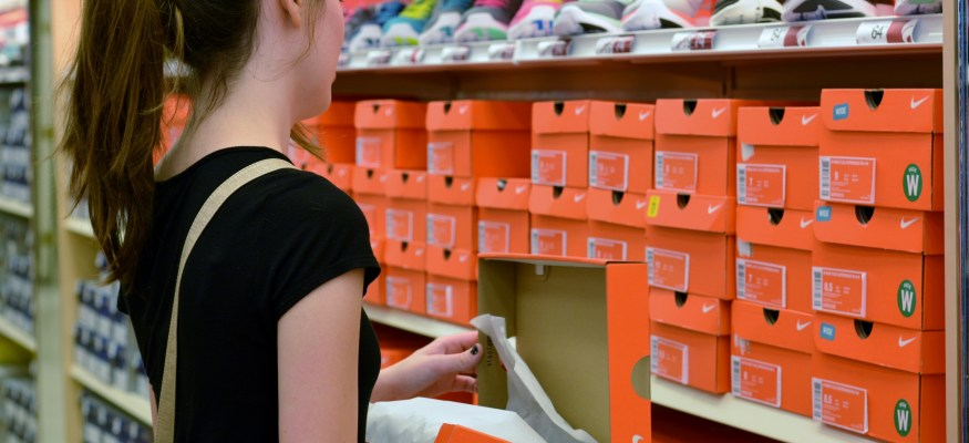 Smart shopping tips for back-to-school savings