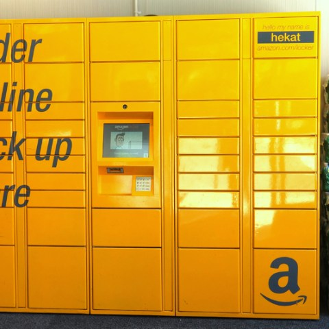 Amazon's new instant pickup service launches near college campuses