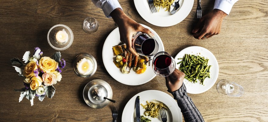 New payment service will let you 'Dine & Dash' (legally!) at restaurants