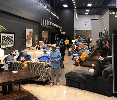 Furniture store owner turns businesses into shelters for Harvey evacuees