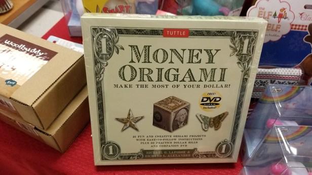 Money origami gift Tuttle