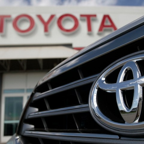 Recall Alert: 645K Toyota vehicles because of air bag issue