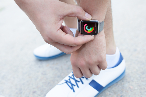 Apple Watch, Fitbit make strides in detecting heart problem - Clark