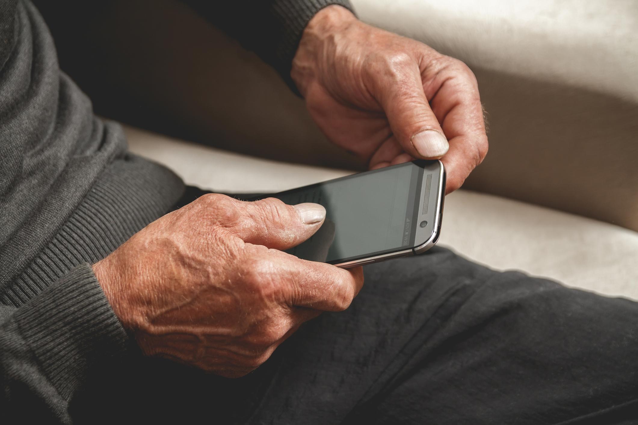The Best Cell Phone Plans For Seniors Clark Howard