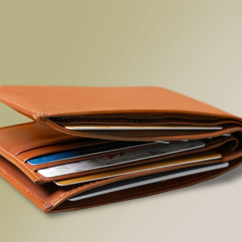 What's in my Wallet?: Credit card guru Jason Steele shares what he carries